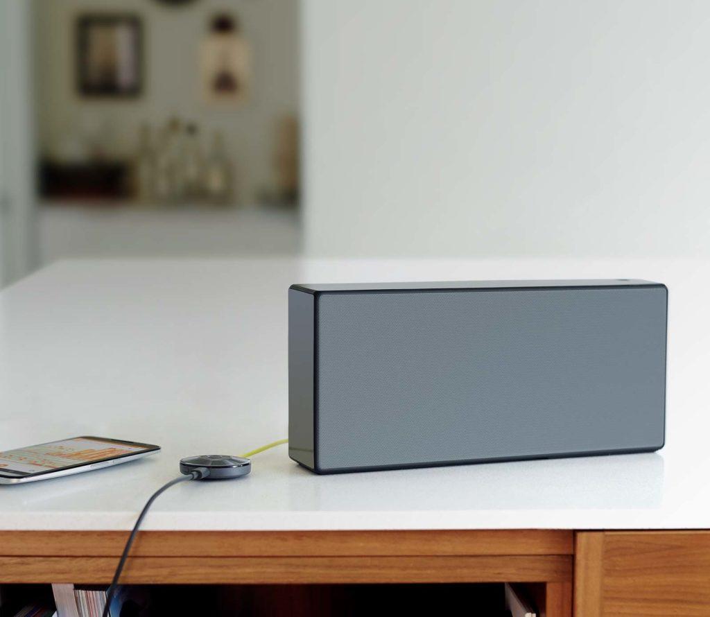 Chromecast Audio接上喇叭的樣子