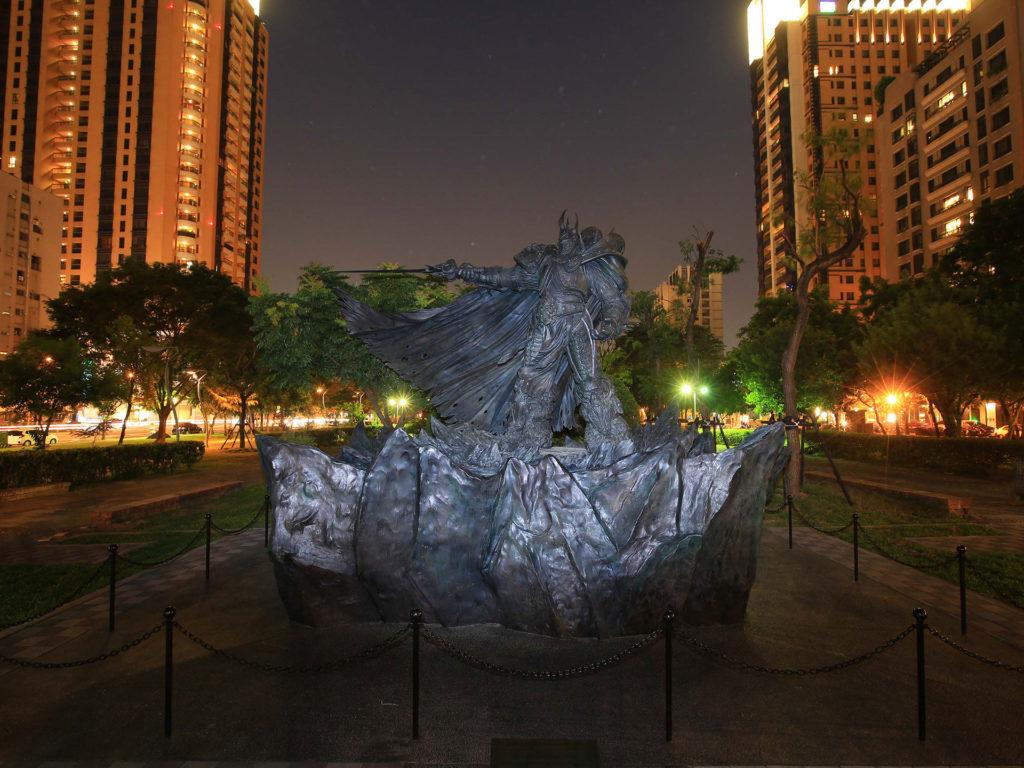 巫妖王阿薩斯雕像