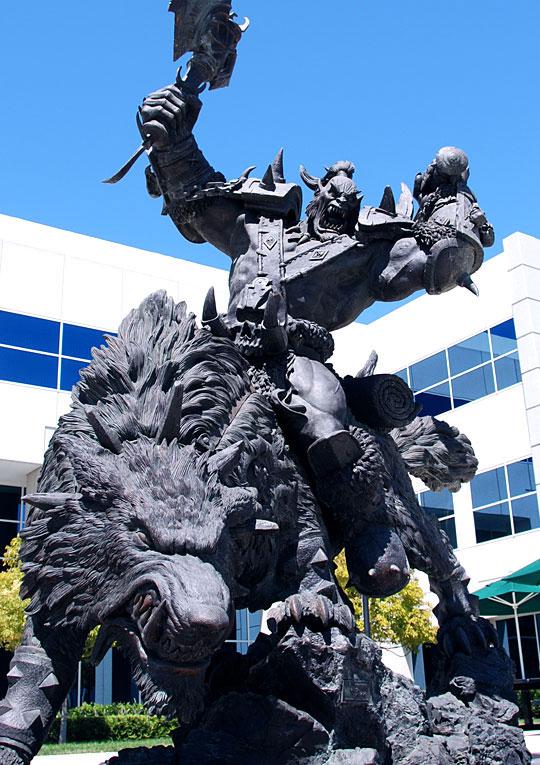 獸人狼騎兵雕像