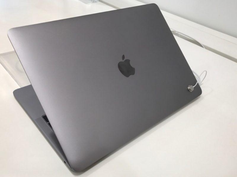 動眼看!台灣款新版MacBook Pro (late 2016) 新舊外觀比一比