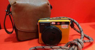 Leica Sofort、背帶及專用相機包