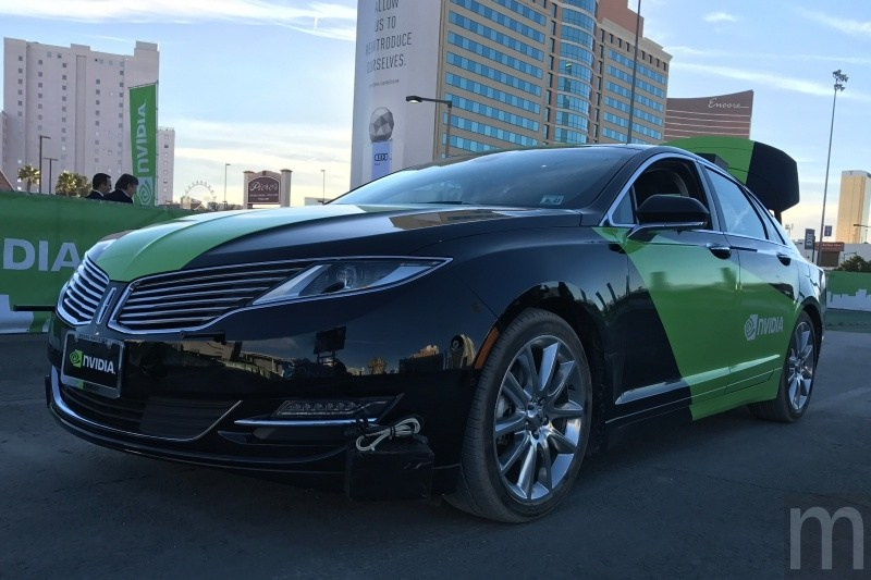 CES 2017:NVIDIA、Audi合作Q7自駕車試乘 會自行開車的「BB-8」動眼看