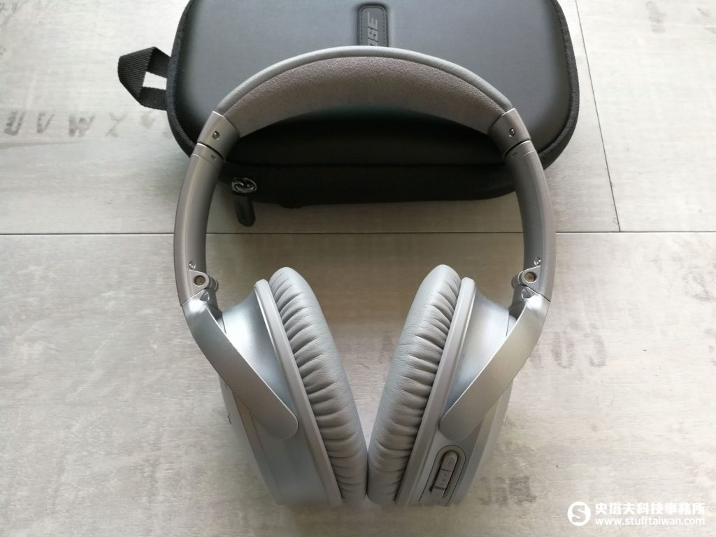Bose QuietComfort 35耳罩式降噪耳機外觀