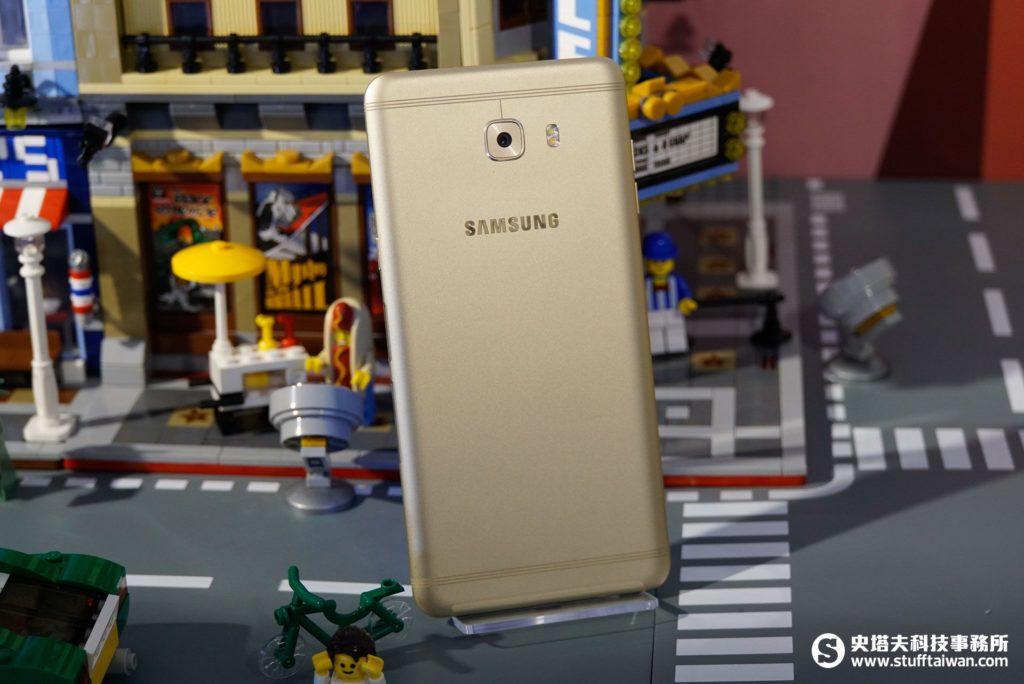 Galaxy C9 Pro背面