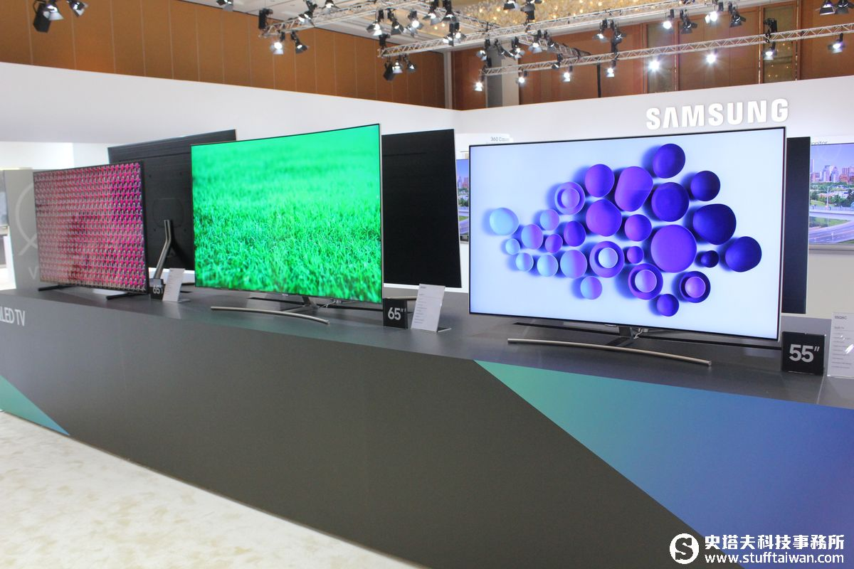 Samsung QLED TV電視畫質突破極限!客廳中最美的藝術品
