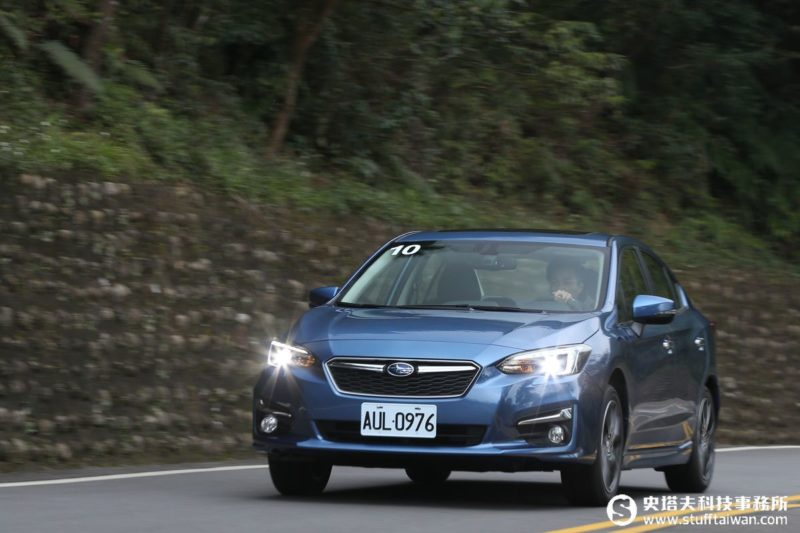 SUBARU Impreza 1.6i-s Sedan試駕:軟皮鯊