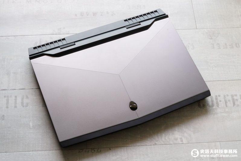 Alienware 17 R4電競筆電