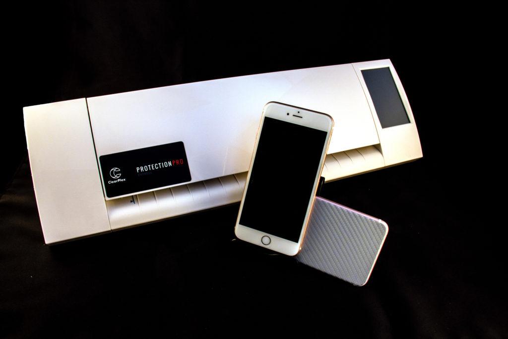 ClearPlex 克麗手機自體修護膜