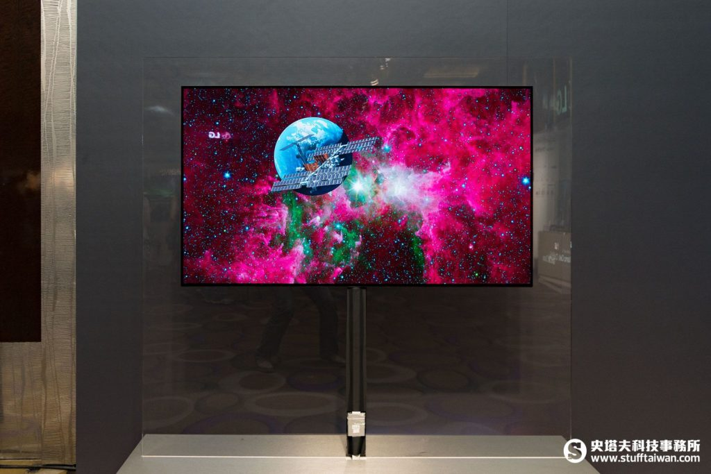 LG OLED Wall Paper 55EJ5C商用顯示器