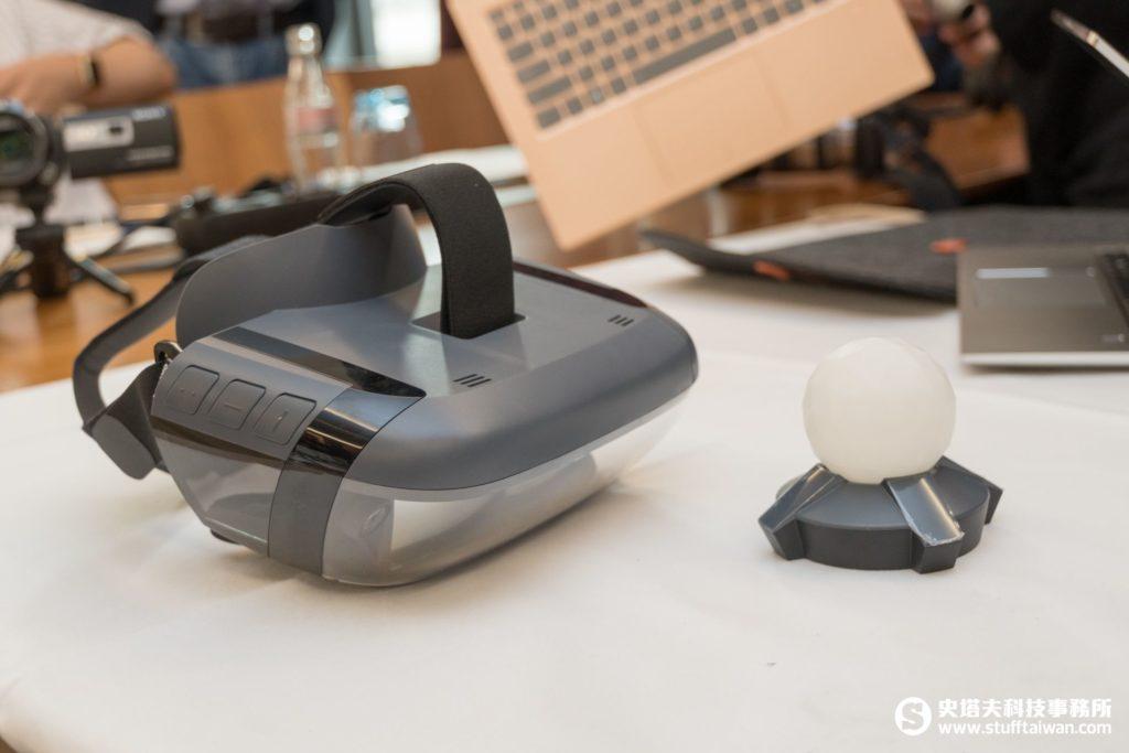 Lenovo Mirage AR眼鏡及動作偵測器