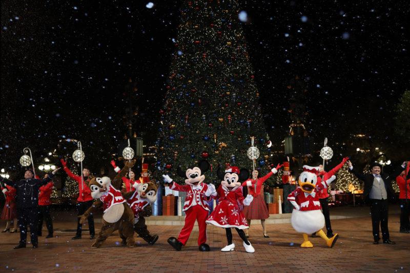 今年冬天一起到香港迪士尼過聖誕迎新春