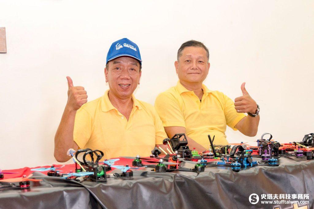 Garila大鵬.高銳馬達工坊總經理胡國華(左),啟航模型廠宋欽源(右)