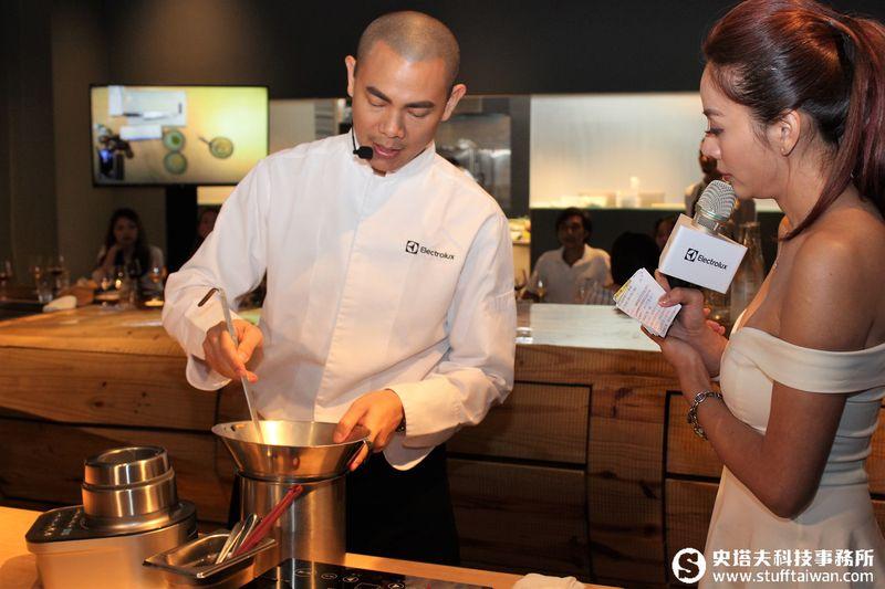 重心移回台灣的米其林主廚 台北餐廳RAW用什麼廚具做出星級料理?