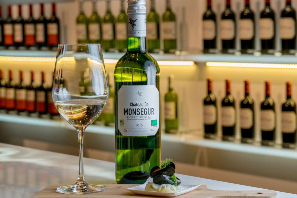 蒙賽白葡萄酒