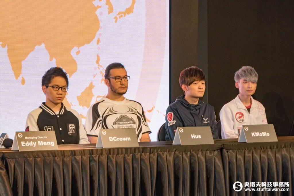 OPC明星隊,左起DCrown、Hus、KMoMo、ManGoJai