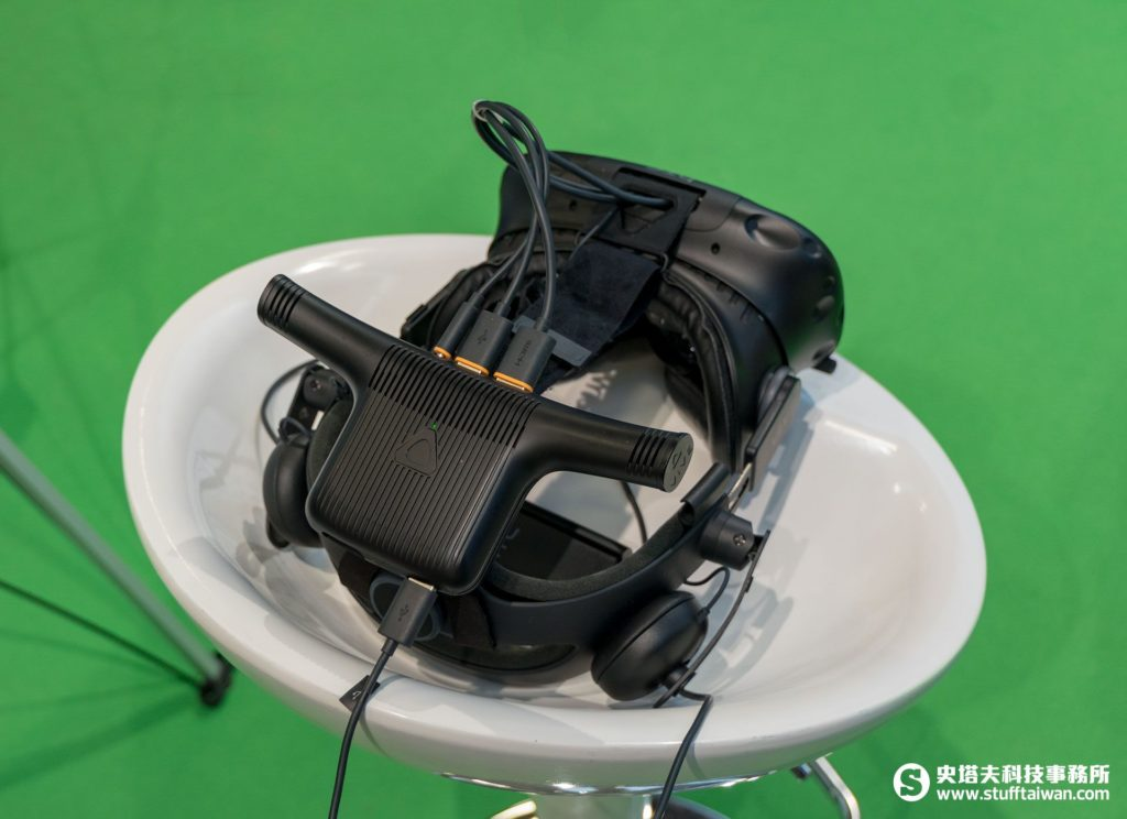 「Vive Wireless Adaptor」無線模組
