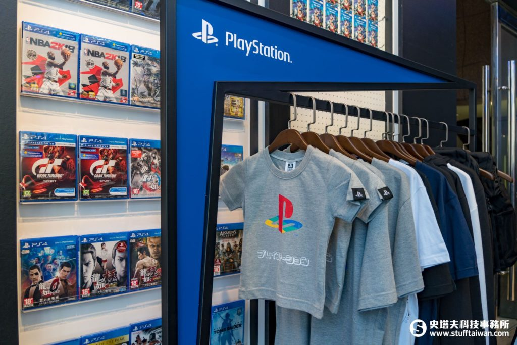 PlayStation新型態概念店商品陳列架
