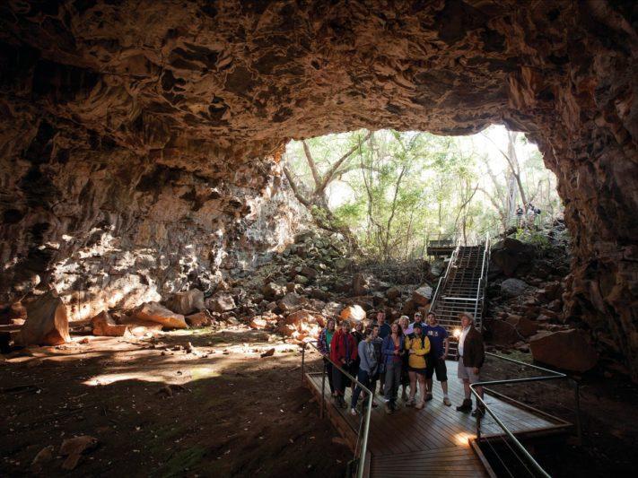 10天內帶你深入未開發野生動物保護區、原始熱帶雨林、火山國家公園、大堡礁