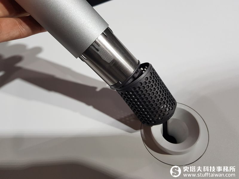dyson supersonic 吹風機 專業 版