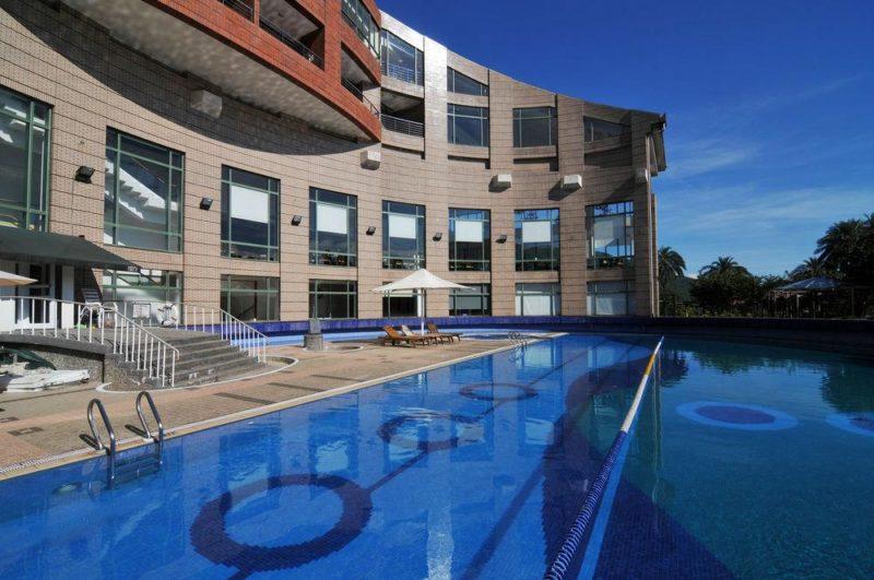 陽明山天籟渡假酒店打造多種不同水上設施,適合全家大小同樂