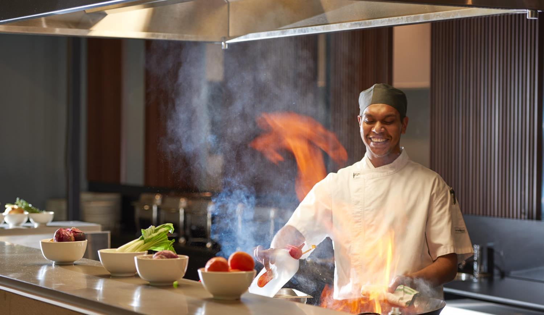 火焰樹燒烤吧的原味主廚