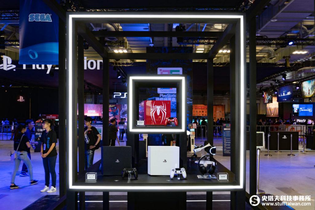 現場展示的各種PS4主機