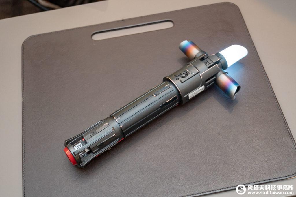 《星際大戰:絕地挑戰》凱羅忍光劍