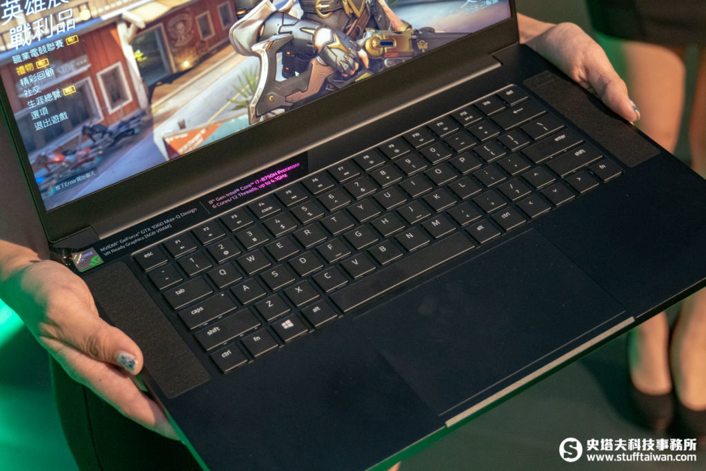 Razer Blade 15 Base Model電競筆電鍵盤