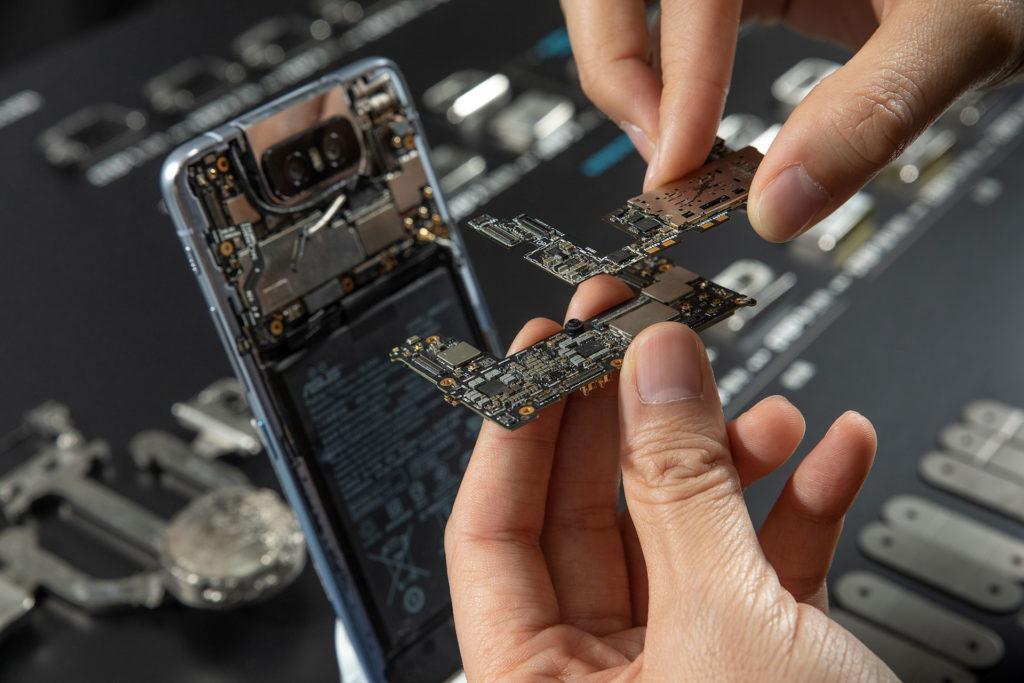ZenFone 6的主板採用Double Layer技術