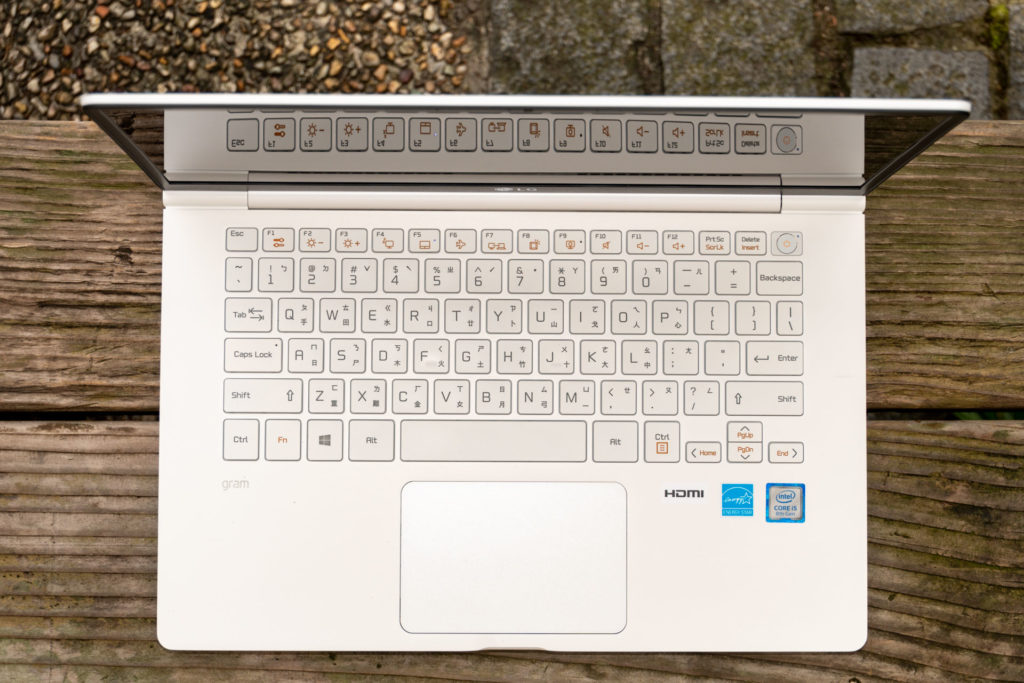 LG gram 14鍵盤