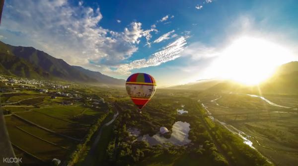 11. 台東熱氣球:花東縱谷的空中漂浮之旅