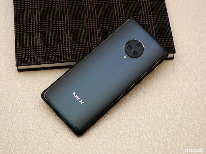 vivo NEX 3 絕美無邊際螢幕 台灣首款上市5G手機