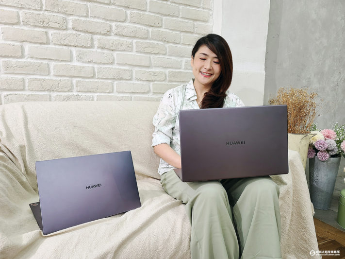 HUAWEI MateBook D 15、D 14 窄邊框全螢幕 一碰傳好方便 全金屬絕美筆電