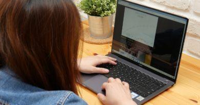 HUAWEI MateBook X Pro 全螢幕頂規筆電 一碰傳、三指下滑截圖超實用